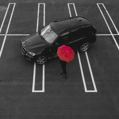 Wil jij parkeren voor de deur van de winkel?